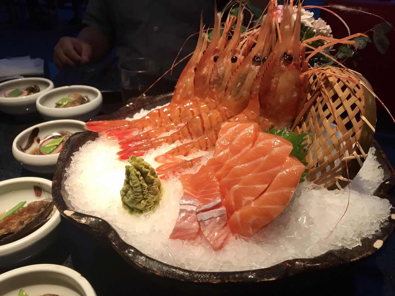 夜宵市场复苏 检测仪器让你吃小龙虾更安全