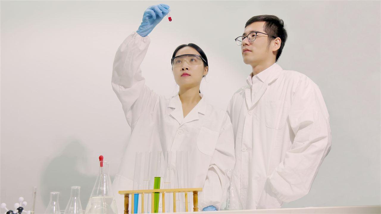 无创采样与质谱技术 开发出泪液分析新用途